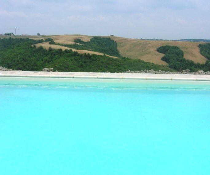 Le Ripe swimming-pool